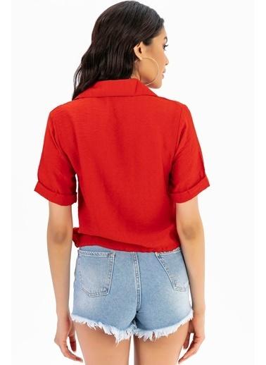 Emjey Beli Bağcıklı Gömlek Kırmızı